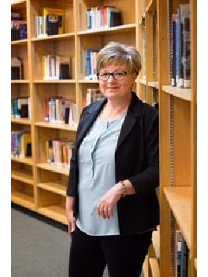 Kelly Swartz, Sales Associate - Humboldt, SK