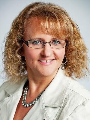 Lorrie Royce, Sales Representative - NEWMARKET, ON