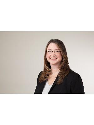 Christie Bond, Broker - Barrie, ON