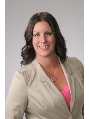 Katie Knebel, Sales Representative - Steinbach, MB