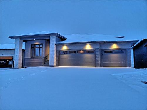 7 Hill Grove POINTE  Winnipeg, MB R3Y 0M3