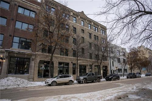 139 Market AVENUE  Winnipeg, MB R3B 0P5