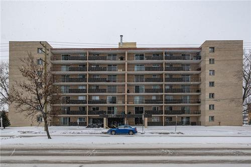 1600 Taylor AVENUE  Winnipeg, MB R3N 1Y9