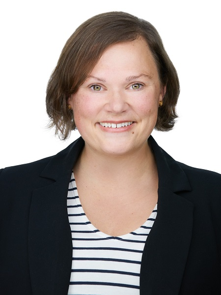 Jolene Ledene Reimer, Associate Broker - Brooks, AB