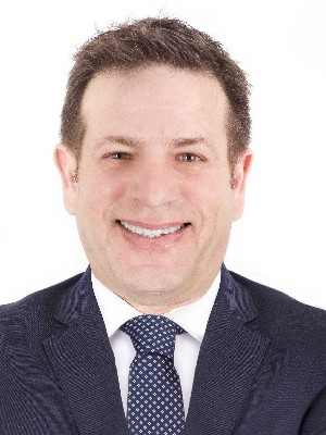 Demetrios Marinakis, Broker - Montreal, QC