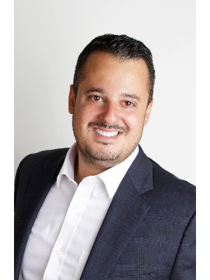 Nick Dimakis, Chartered Real Estate Broker - Laval, QC