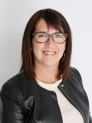 Guylaine Désilets, Courtier Immobilier - LÉVIS, QC