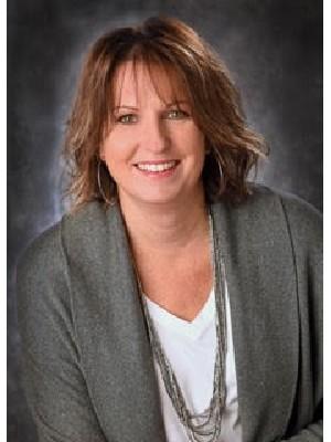 Lesley Sullivan, Sales Representative - Thornbury, ON