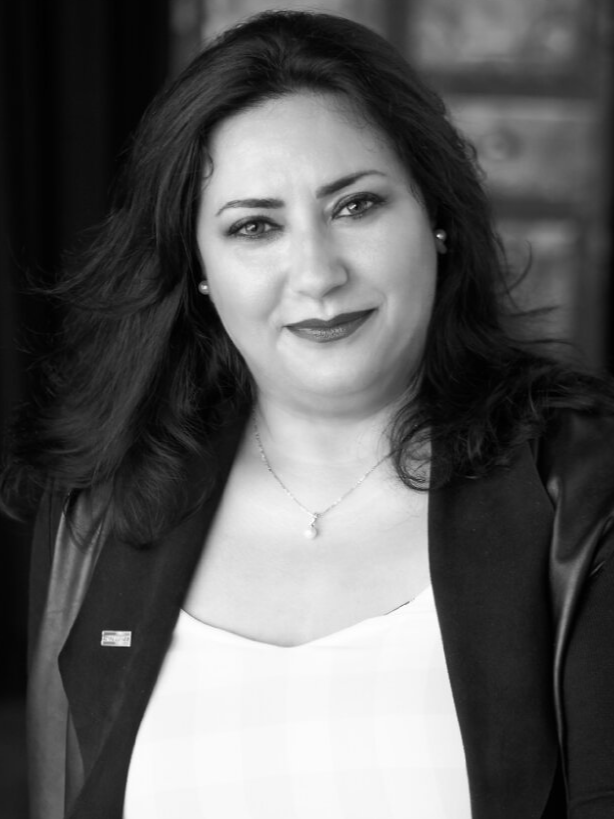 Mahtab Etminani, Chartered Real Estate Broker - Montréal (St-Laurent), QC