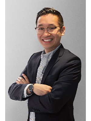 Darren Tang, Residential and Commercial Real Estate Broker - Montreal (Outremont), QC