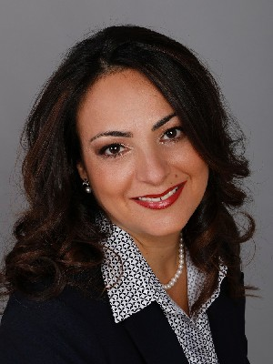 Holly Ohannessian, Courtier immobilier résidentiel - Laval, QC
