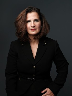 Paola Benaim, Certified Real Estate Broker - Montréal (St-Laurent), QC