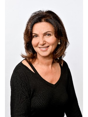 Erminia Valenti, Courtier Immobilier - Laval, QC
