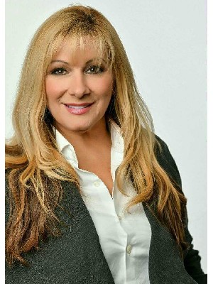 Brigitte Billeci, Courtier Immobilier - Laval, QC